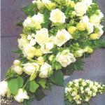 NR 16 - romantische druppelvorm met rozen 130 euro